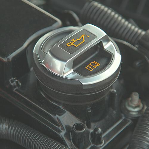 El aceite ideal para el motor de tu auto: ¿Cómo escogerlo?